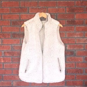 Thread & Supply Faux Sherpa Vest; Ivory, Lg, NWOT